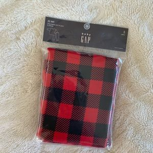 Brand new GAP long sleeve shirt & pant pj set